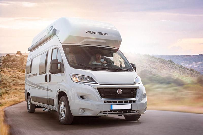 nos camping cars l 39 aventure camping car dijon. Black Bedroom Furniture Sets. Home Design Ideas
